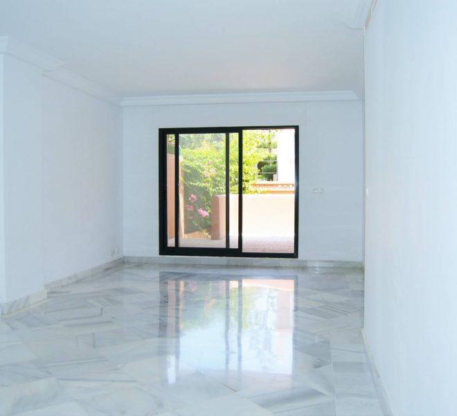lejlighed-med-plot-i-Cabopino-stue2