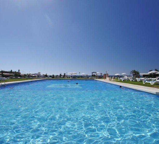 lejligheder-cabopino-swimming-pool-main