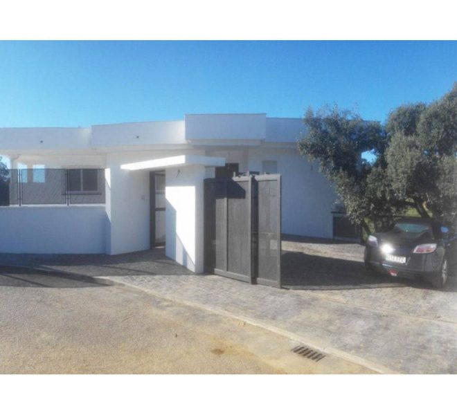 Detached-Moderne-Villa-Elviria-Marbella-outside
