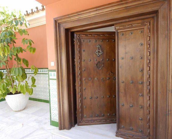 Fabelagtig-villa-til-salg-El-Rosario-door