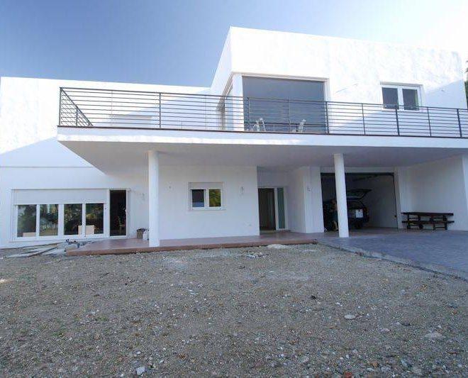 Fantastisk-Villa-til-salg-i-Fuengirola-exterior