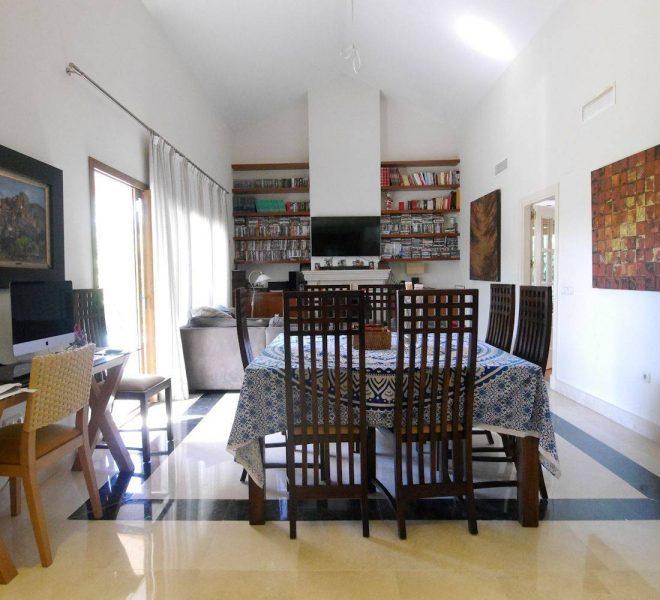 Flot-villa-naer-Marbella-interior
