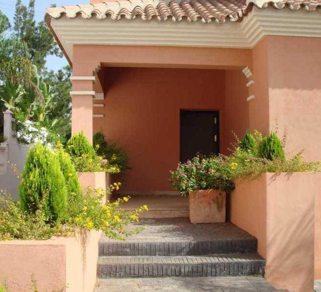Luksus-frontline-golf-Villa-Marbella-front