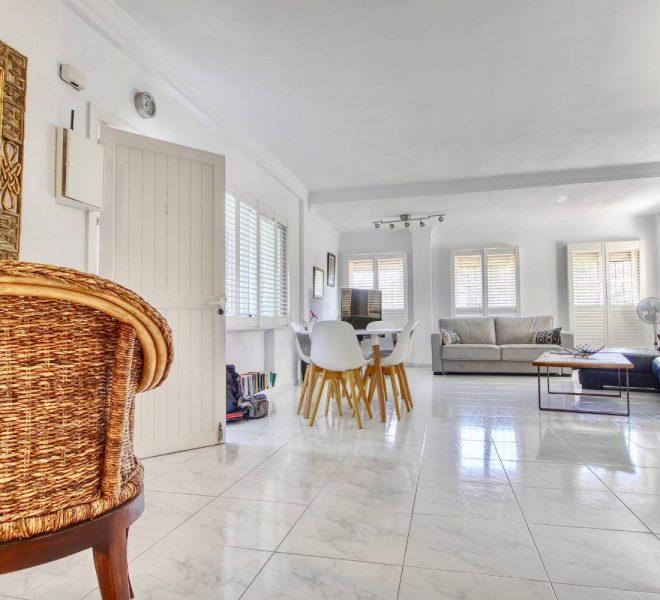 Unikke-penthouse-i-Cabopino-til-salg-interior