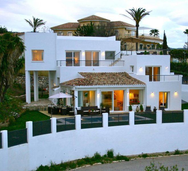 Vidunderlig-villa-til-salg-i-Marbella-main