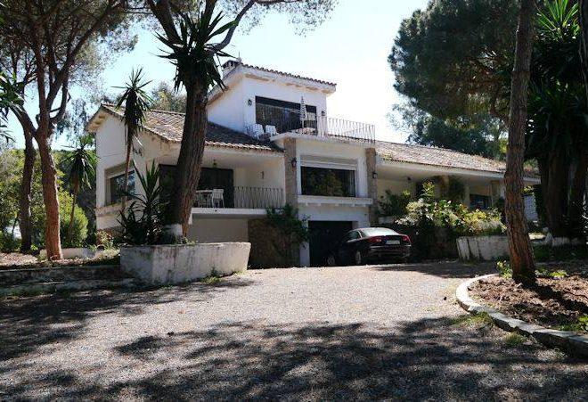 fabelagtig-villa-marbella-outside