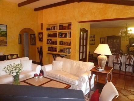 rustic-villa-i-marbesa-til-salg-livingroom