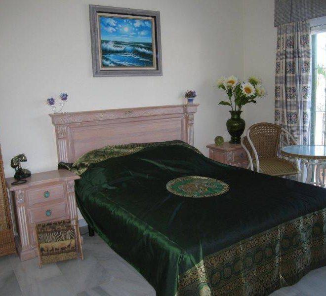 Golf-Villa-til-salg-Las-Lagunas-de-Mijas-bedroom