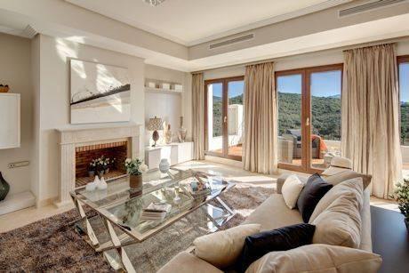 Luksus-Villa-til-salg-i-Benahavis-livingroom