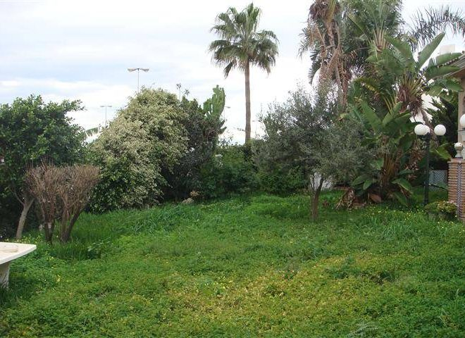 Rustikke-Villa-i-La-Cala-de-Mijas-til-salg-garden