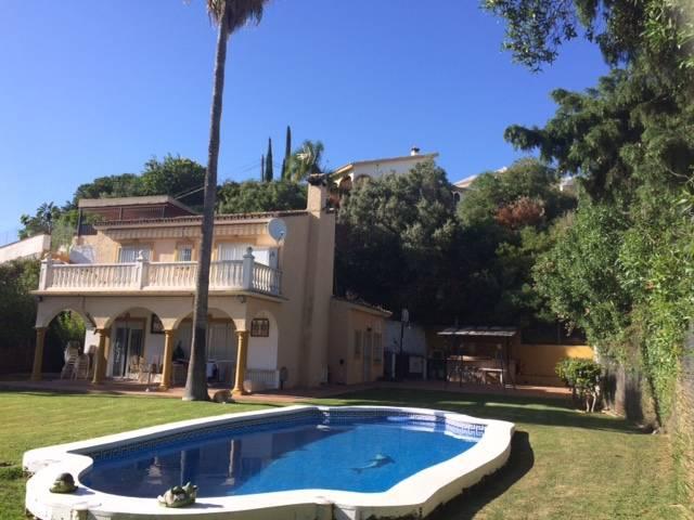 Smuk-Villa-til-salg-i-Marbella-main