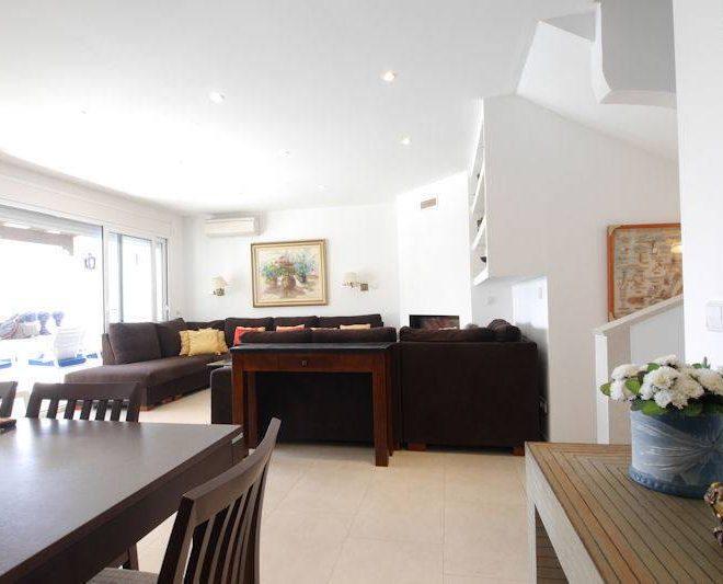 Spektakulær-lejlighed-til-salg-i-øst-marbella-livingroom2