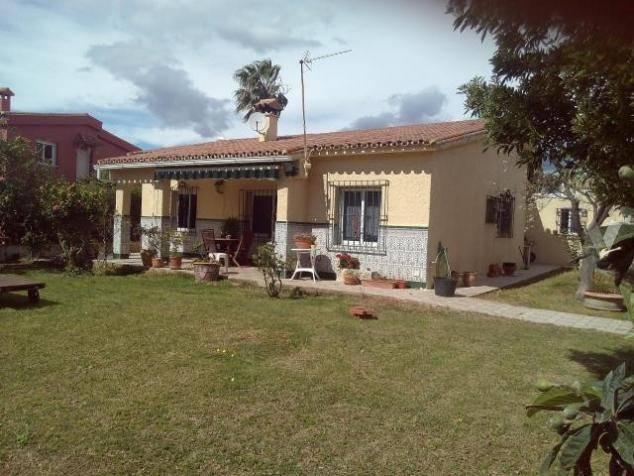 Villa-i-San-Pedro-til-salg-outside