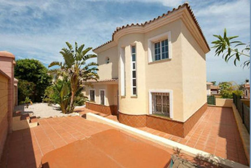 featured Reducerede Villa i Duquesa Costa del Sol