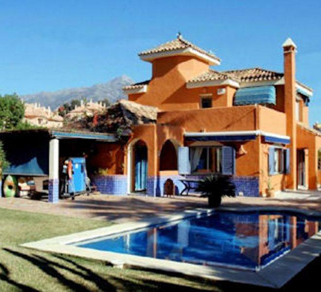 featured Villa i Marbella til salg Nueva Andalucia