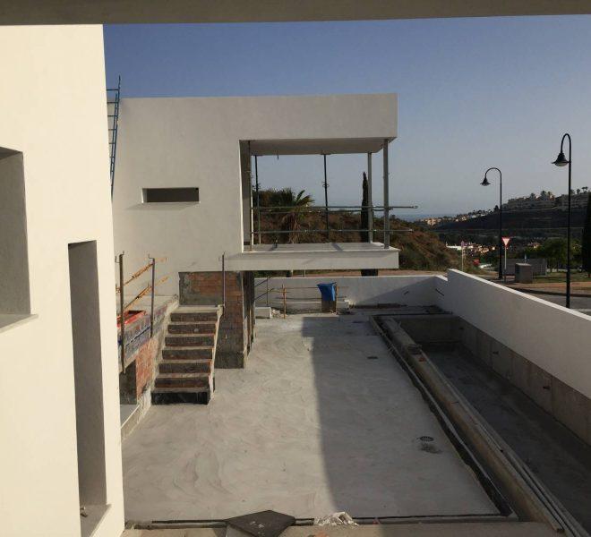 Fabelagtig-moderne-villa-til-salg-i-La-Cala-de-Mijas-construction1