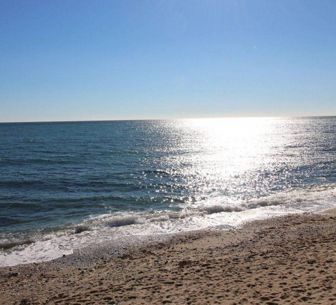 Storslåede-parcelhus-til-salg-i-Cabopino-beach
