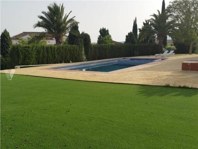 fabelagtig-villa-til-salg-i-mijas-golf-pool