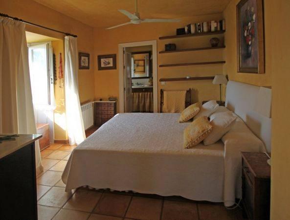 rustic-villa-i-marbesa-til-salg-bed