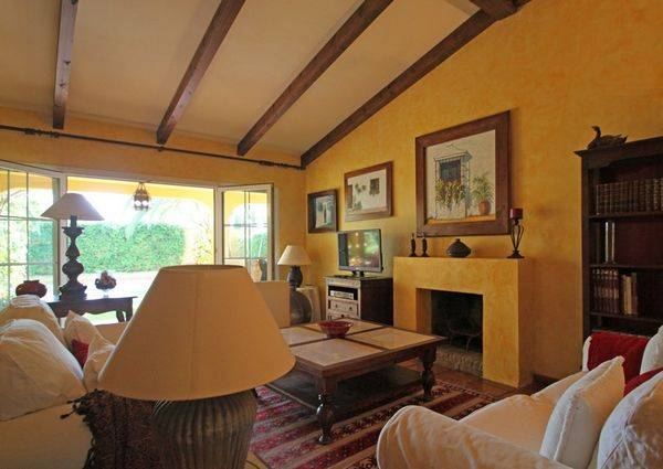 rustic-villa-i-marbesa-til-salg-interior