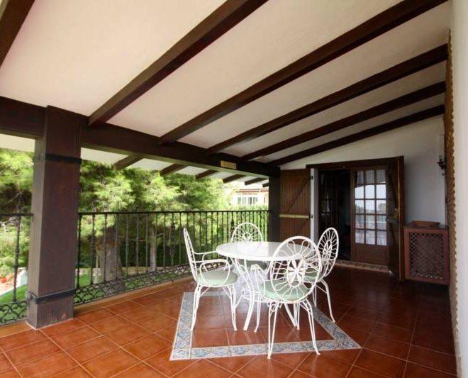smuk-villa-til-salg-i-Calahonda-terrace