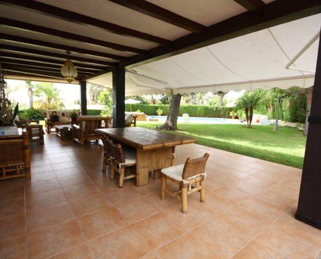 smuk-villa-til-salg-i-Calahonda-terrace1
