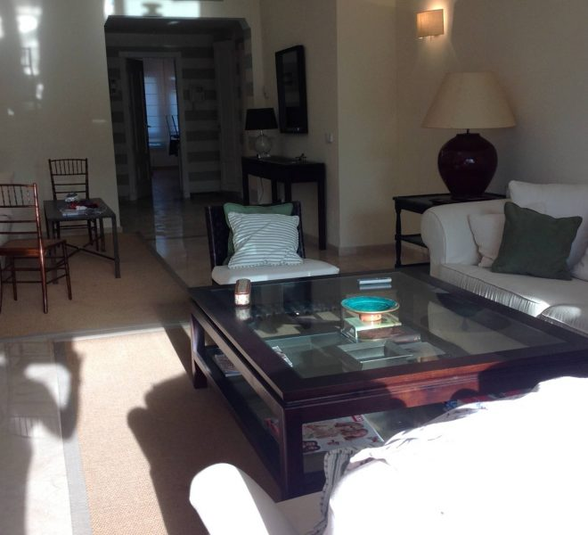 Apartment-til-salg-i-Bahia-de-Marbella-stue